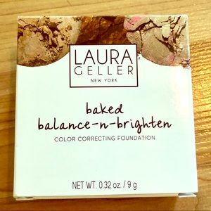 Laura Geller Balance n Brighten Powder Foundation